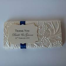 best 25 wedding favour chocolates 11 best wedding favours images on chocolate bars