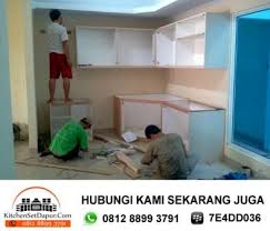 membuat kitchen set minimalis sendiri tukang kitchen set di pamulang workshop sendiri hub 0812 8899 3791