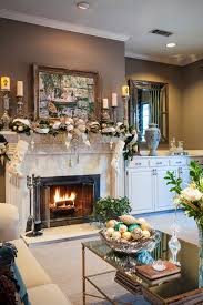 White Christmas Mantel Ideas by Startling Christmas Mantel Decorating Ideas Decorating Ideas
