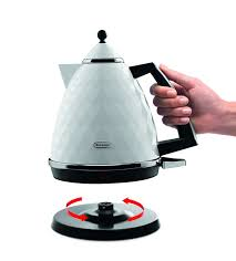 Toaster And Kettle Set Delonghi De U0027longhi Brillante Faceted Jug Kettle 3 Kw White Amazon Co Uk