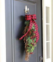 Outdoor Christmas Decoration Hooks by Outdoor Holiday Front Door Display
