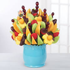 edible arraangements new to the triad edible arrangements opens a new location