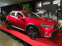 who made mazda cars honda civic mazda cx 3 named canadian car and utility vehicle of
