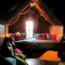 beleuchtung fã r schlafzimmer die besten 25 beleuchtung dachschräge ideen auf