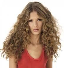 cheveux bouclã s coupe coupe de cheveux bouclés lilian coiffure