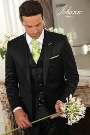 lavalli re mariage costume de mariage sur mesure noir avec gilet et finitions vert