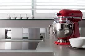 plaque autocollante cuisine 3 idées pour moderniser votre crédence de cuisine poalgi