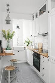 comment am駭ager une cuisine en longueur aménager et décorer une cuisine en longueur toile design et