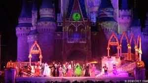 mickey s not so scary halloween 2017 video 2017 hocus pocus villain spelltacular show at mickey u0027s not