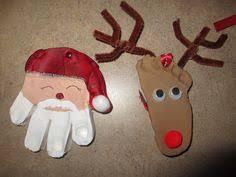 handprint reindeer footprint santa sleigh use the thumb to make