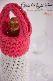 pattern for wine bottle holder girls night out chagne and wine carrier the yarn box the yarn box