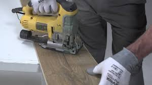 Best Tool For Cutting Laminate Flooring Installing Laminate Flooring How To Cut Saw Laminate Flooring