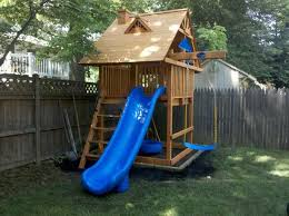 Building A Backyard Playground by Best 25 Small Swing Sets Ideas On Pinterest Kids Gardening Set