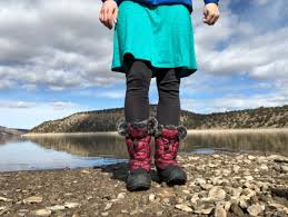nike winter boots womens canada how to choose the best winter boots for outdoorgearlab