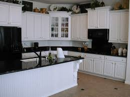 Cabinet And Countertop Combinations Kitchen Kitchen Cabinets And Flooring Combinations White
