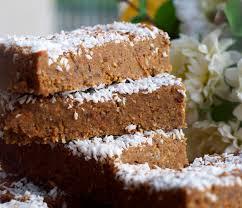 zesty carrot cake protein bars rosanna davison nutrition