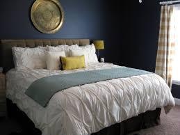 chambre bleu marine 12 id es pour une d coration de chambre en bleu marine bricobistro