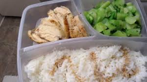 bodybuilding meal chicken rice and broccoli keep it simple