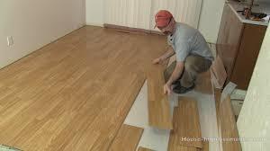 Locking Laminate Flooring How To Install Click Lock Laminate Flooring Tos Diy In Snap Wood