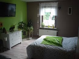 Schlafzimmer Tapeten Braun Schlafzimmer In Braun Und Beige Tnen Wohnzimmer Design Rundbett