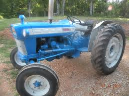 looking at a ford 4000 mytractorforum com the friendliest