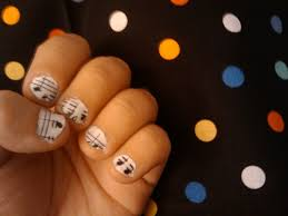 music nails how to paint a themed nail manicure nail painting