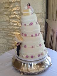 novelty wedding cakes toppling wedding cake wedding cakes