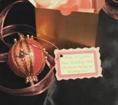 wedding favors brides gift boxed ornaments