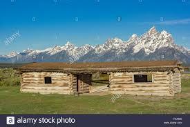 log cabin style building stock photos u0026 log cabin style building