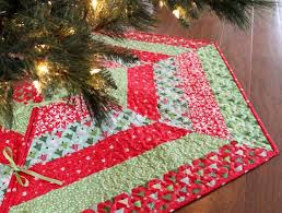 quilted tree skirt pattern on www craftsy tree skirt