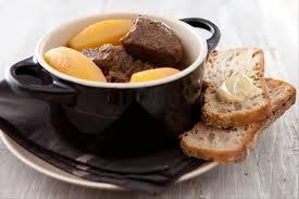 cuisiner du paleron recette de paleron de boeuf braisé à la cocotte minute facile et