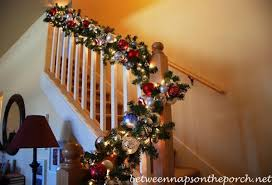 Christmas Banister Garland Ideas 17 Breathtaking Christmas Garland Decorating Ideas Random Talks