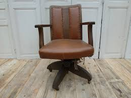 fauteuil de bureau cuir fauteuil bureau cuir madebymed fauteuil restauration