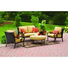Patio Furniture And Decor by Better Homes And Gardens Englewood Heights 4 Piece Patio