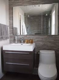 How To Make Storage In A Small Bathroom - best 25 medicine cabinet mirror ideas on pinterest bathroom