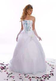 robe de mari e bleue robe de mariée rock boutique mariage à creil vente de