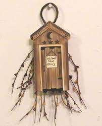 Country Bathroom Decor Best 25 Outhouse Bathroom Decor Ideas On Pinterest Outhouse