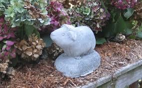 guinea pig statue concrete
