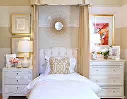 Feminine Bedroom Furniture by His And Hers Feminine And Masculine Bedrooms That Make A Stylish