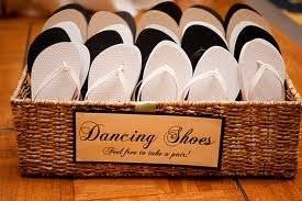 flip flop wedding favors cheap flip flops or slippers weddings do it yourself planning