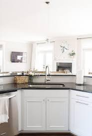 decorators white painted kitchen cabinets decorators white benjamin decorators white benjamin