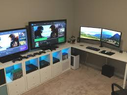 25 Best Ideas About Gaming Setup On Pinterest Pc Gaming by Best 25 Gaming Desk Ideas On Pinterest Computer Gaming Room