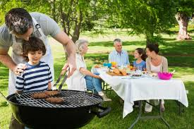 Backyard Bbq Grills by 5 Backyard Safety Tips For This Grilling Season