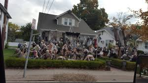 brilliant halloween house decorations from america cool things