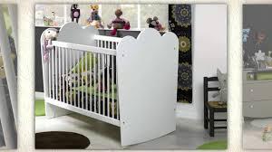 chambre katherine roumanoff lit pour bébé design flower