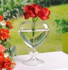 Beautiful Vases Popular Standing Glass Vases With Heart Shape Design Wedding Party