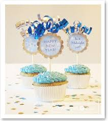 New Year S Decorated Cupcakes by 145 Best New Year Images On Pinterest