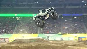 monster truck show in michigan monster jam returns to ford field in detroit