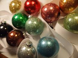 handmade glittered bauble ornament tutorial