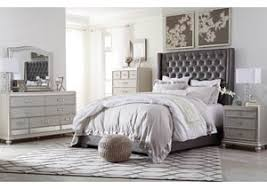 Silver Queen Bed Furniture World Petal Ms Coralayne Silver Queen Upholstered Bed